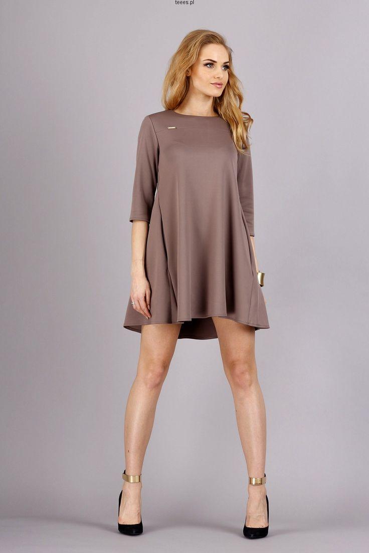 Luźna sukienka z kieszeniami - M54 Cappuccino