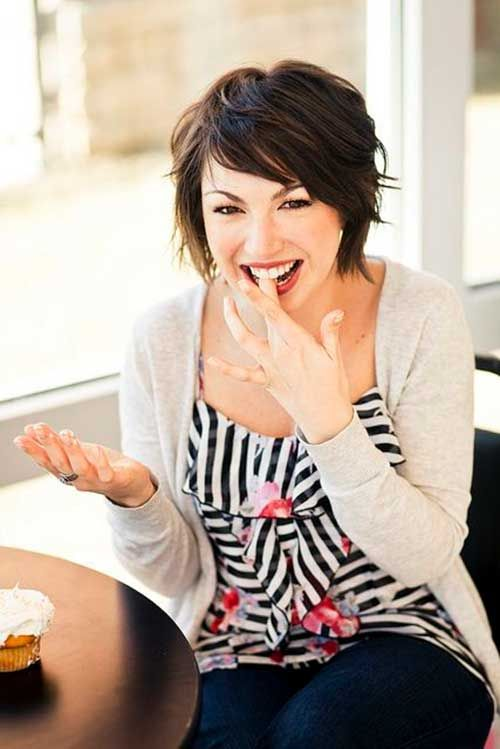 Best 25+ Bobs for round faces ideas on Pinterest | Short haircuts ...