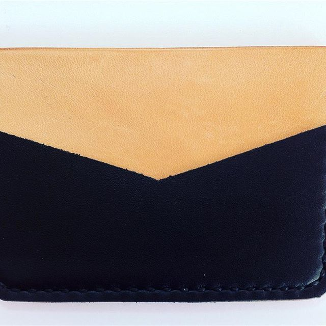 1974-Lisbon cardholder #feiradasalmas #wallet #leather #exclusive #concept #design #minimalist