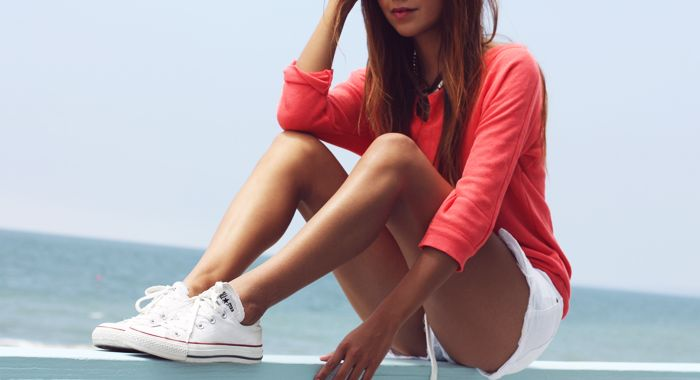 white converse & shorts…it's the new white keds and shorts.