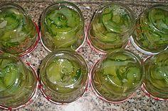 Eingelegte Salatgurke