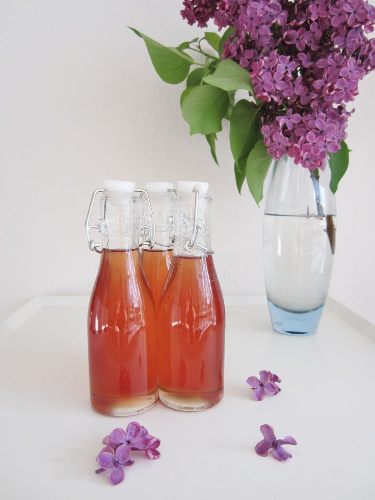 Smag på foråret Foråret skal nydes til fulde. Alle de skønne blomster og buske springer ud. Det dufter af forår. …