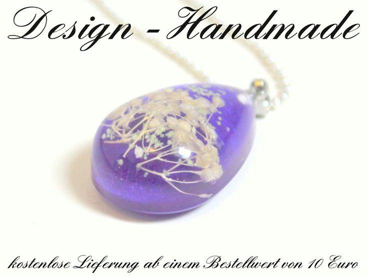 Ketten lang - Halskette echte Blüten Nacht Leuchtend LILA Silber - ein Designerstück von Design-Handmade bei DaWanda
