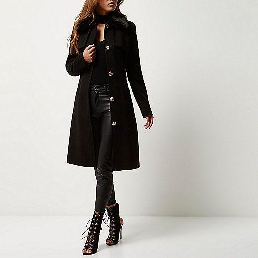 Zwarte jas in legerlook met ceintuur