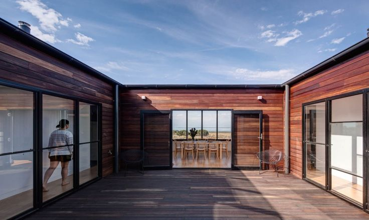 Ecoliv designed and built a prefab, off-grid farmhouse on Australia's French Island.