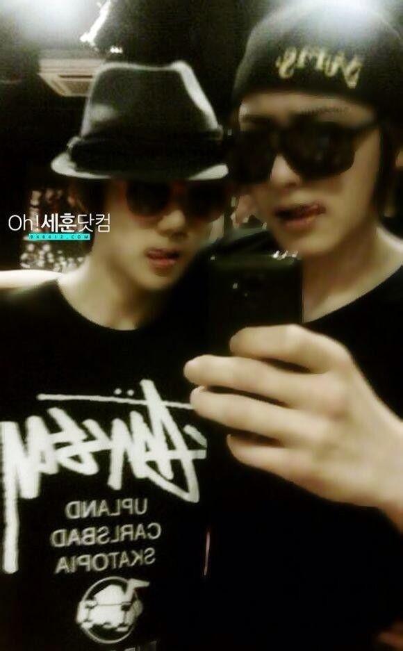 Sehun & Chanyeol pre debut . wow they are soooo gaul