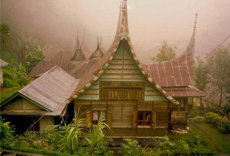Rumah Gadang – traditional house of the Minangkabau people in Sumatra