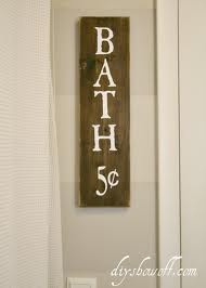 How to make a DIY distressed painted wood plank sign DIY Show Off ™ – DIY Decorating and Home Improvement Blog
