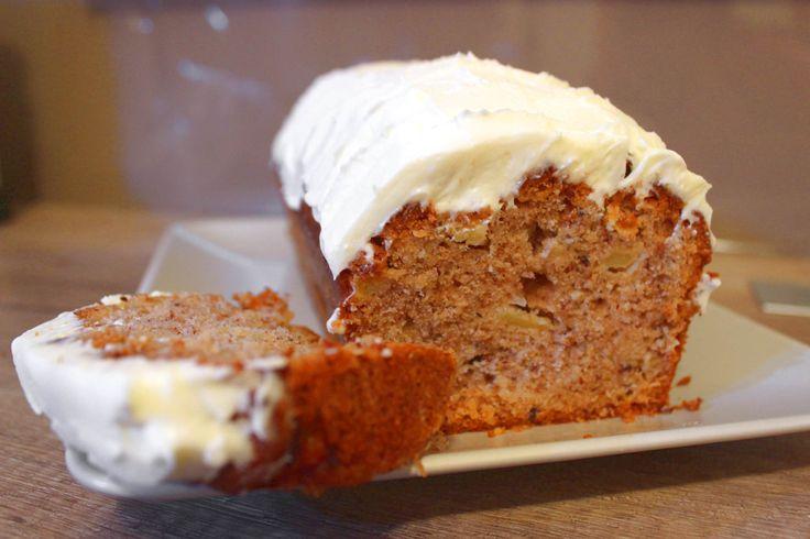 Krémes almakenyér recept: Nagyon finom almás sütemény könnyű krémmel! Nálunk az egész család imádja ezt a receptet! :)
