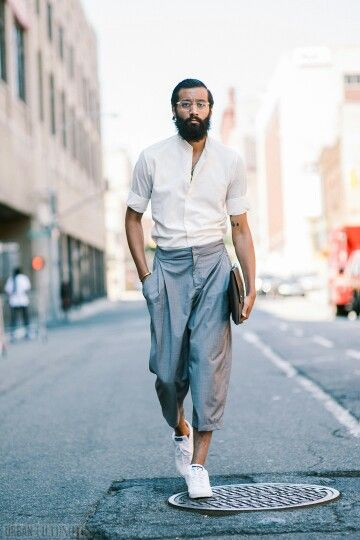 Classy/confident summer outfit. http://www.99wtf.net/young-style/urban-style/mens-ideas-dress-casually-fashion-2016/