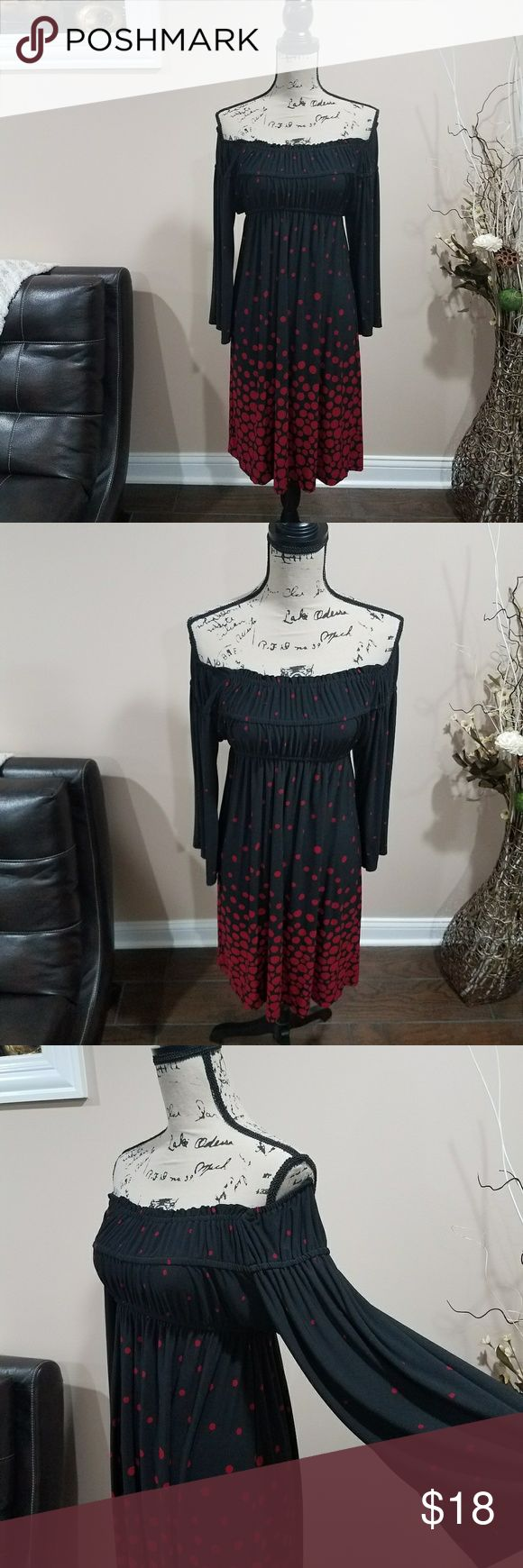 """Tiana B. Dress Tiana B. Dress (Size M/Lightly Used) 34"""" length  38"""" chest  OFFERS Accepted  Reference Item No: 35  The Outfit Is Not Complete Until You Smile! Tiana B. Dresses"""