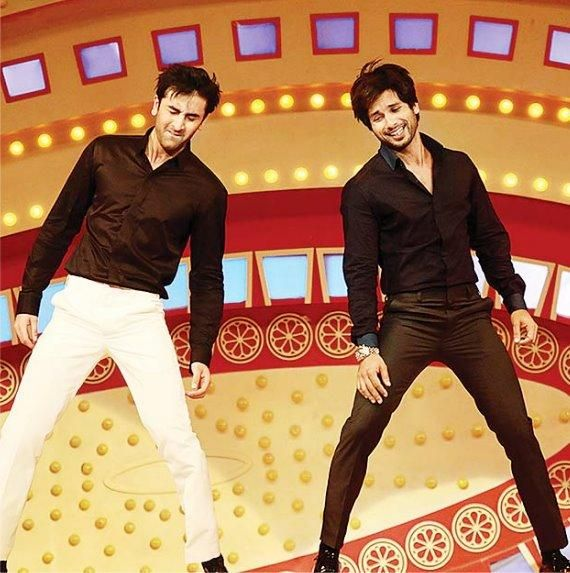 Two of my cute men in the same frame! Shahid Kapoor (on the right) :) I like his new hairstyle.