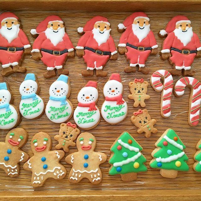 . 🎄🎄🎄🎄🎄🎄🎄🎄🎄🎄🎄 . . . Christmas icing cookies🍪⛄️⭐️ . . . 🎄🎄🎄🎄🎄🎄🎄🎄🎄🎄🎄 . #christmas #xmas #xmasicingcookies #パーティー #アイシング #アイシングクッキー #キティー #ハローキティ #スイーツ #おうちおやつ #クリスマスアイシングクッキー #クリスマスクッキー