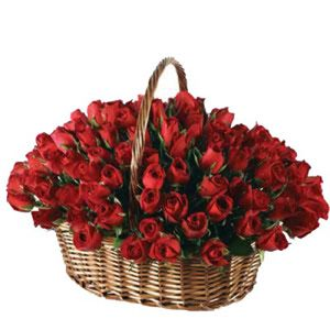 red flowers to Bangalore ,http://www.bengaluruflorists.com/red-roses.htm