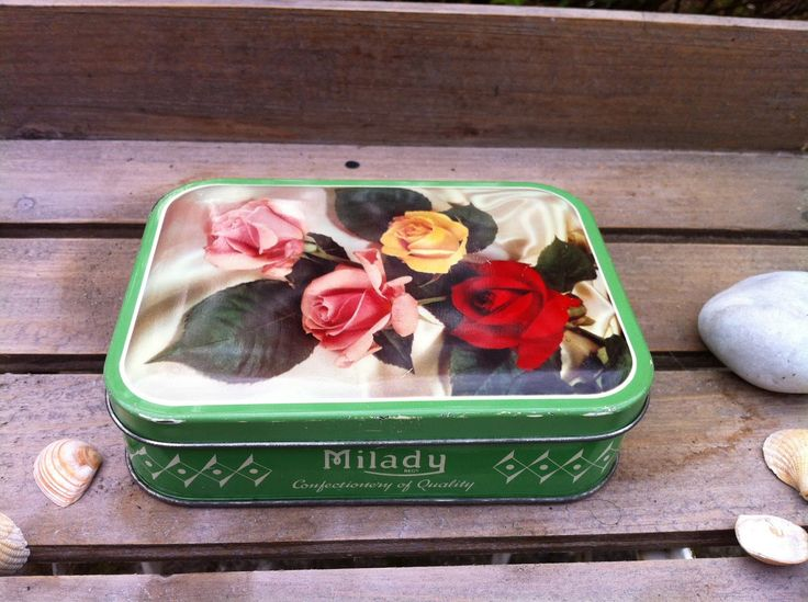 A blog about tin can and tin box collecting.