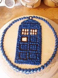 Dr Who tardis cake - I think I could manage this one...