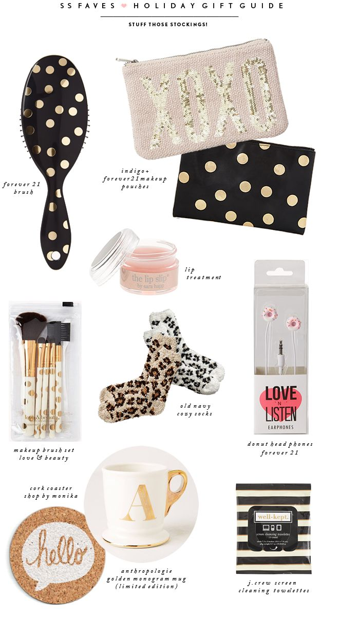 Wanting all of these gold accessories.