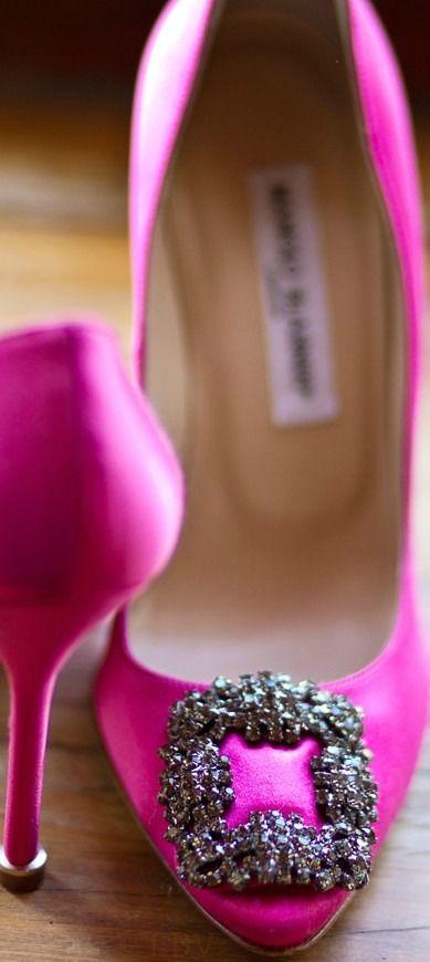 need to add these manolo blahnik's to the collection. #luxuryfashion #luxurylifestyle