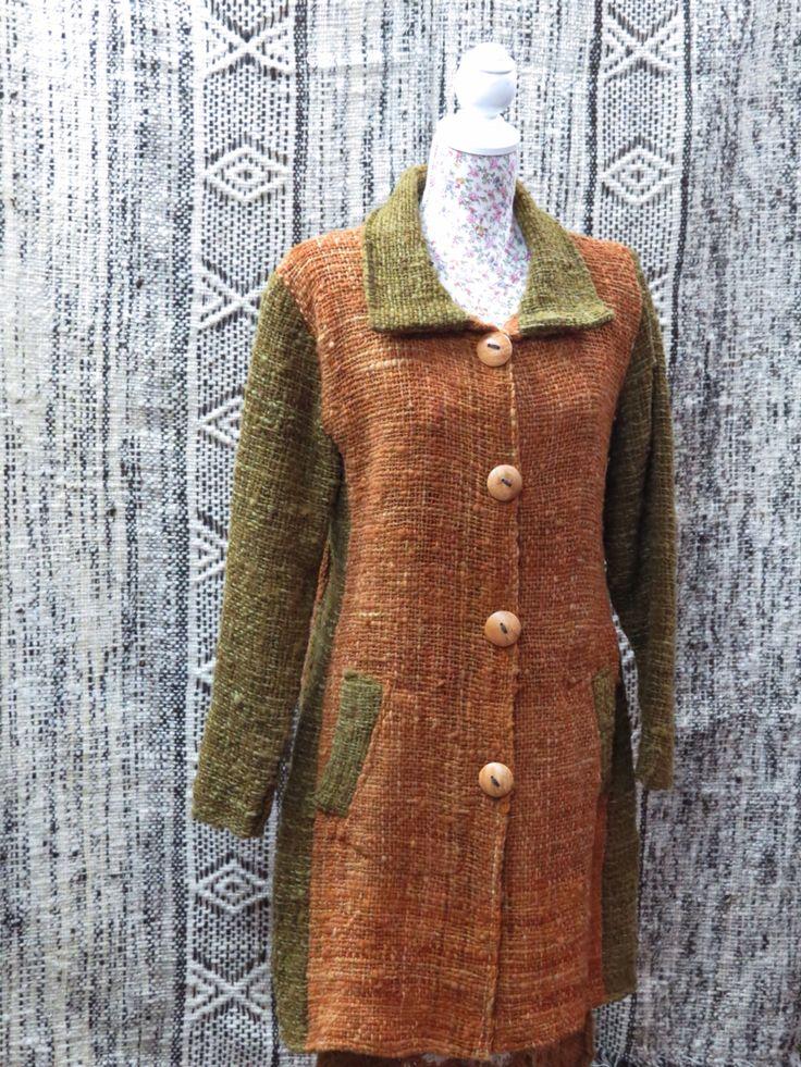Abrigo de telar en lana chilota