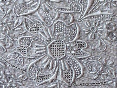 Em's Heart Antique Linens -Vintage Linen Embroidered Hankies