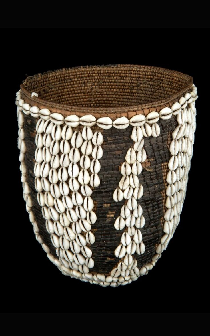 Africa Map Horn Of Africa%0A Africa   Basketry container from the Somali people of Djibouti   Natural  fiber and cowrie shells