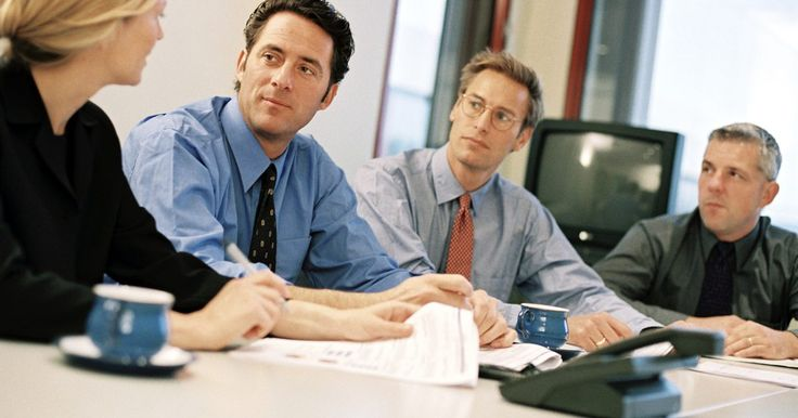 O que é um analista técnico-funcional de SAP?. Um analista técnico-funcional SAP é alguém que tem larga experiência na implementação de módulos SAP. Módulos direcionados relacionam-se a disciplinas maiores de distribuição, logística, fabricação, engenharia e controle financeiro. Os analistas são contratados para trabalhar em uma ou duas dessas áreas. As habilidades técnicas e funcionais ...