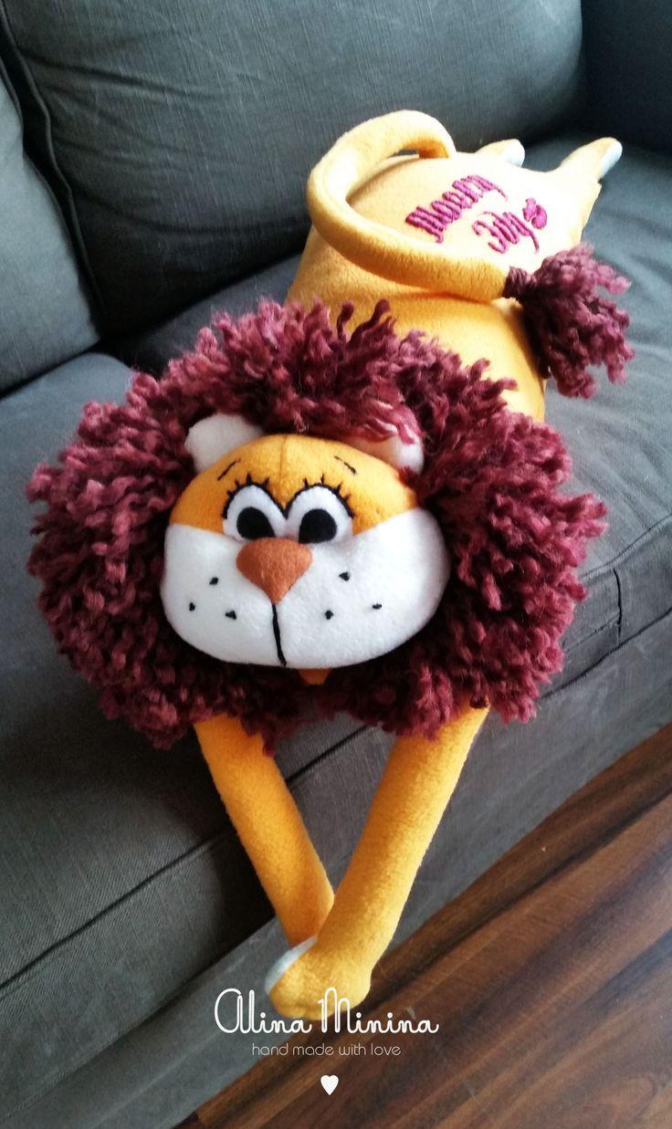 Подушка Лев из флиса, золотой лев, Подушка- игрушка лев, Ручная работа Алины Мининой Pillow LION