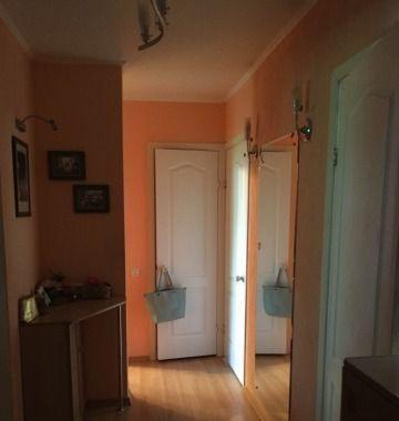 Cданные дома / 3-комн., Краснодар, улица 1 Мая, 2 700 000 http://krasnodar-invest.ru/vtorichka/3-komn/realty235040.html  р-н Карасунский, 1 мая, 71/1 Срочно продам 3-х комнатную квартиру в районе аэропорта (Пашковка). Квартира расположена в небольшом, уютном, зелёном районе. Район оборудован несколькими благоустроенными детскими площадками. Двор дома изолированный, устроен для отдыха(своя Детская площадка в тени деревьев. Большое преимущество-развитая инфраструктура, рядом есть практически…