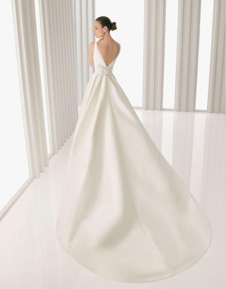 Rosa Clara - Anouk: Architecture Wedding Dresses, Wedding Dresses Satin, Wedding Dressses, Ball Gowns, Backless Dresses, Clara Anouk, Satin Bateau, Simple Wedding, Wedding Dresses Style