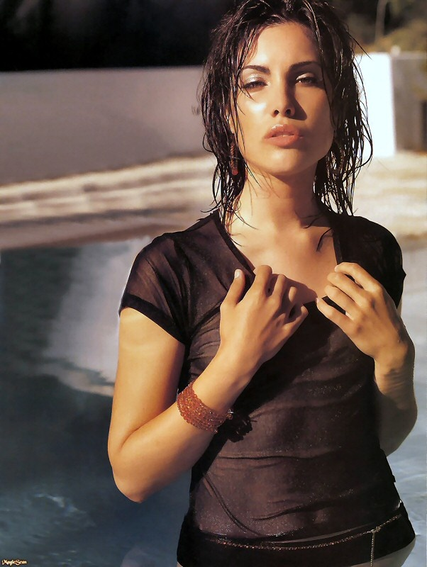 carly pope, 02