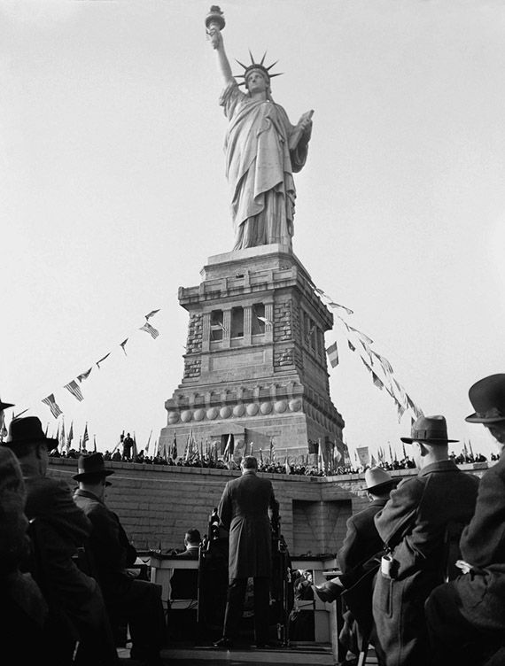 best statue of liberty photography images statue  1936 president roosevelt at 50th anniversary for lady liberty