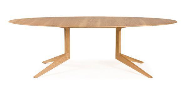Light_oval_table