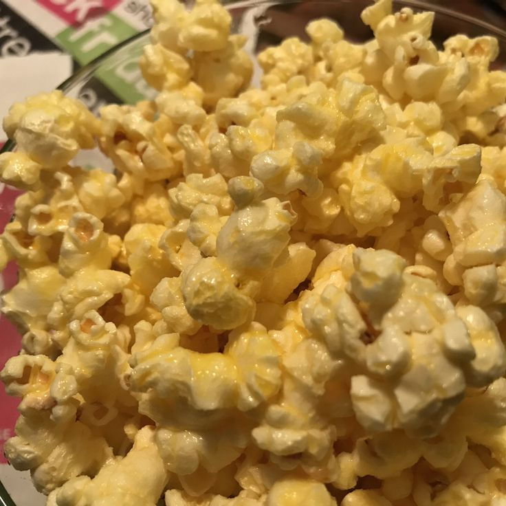 Quick and easy do it yourself Movie Theater Butter Popcorn. Perfect for family movie nights, movie themed parties and awards season!