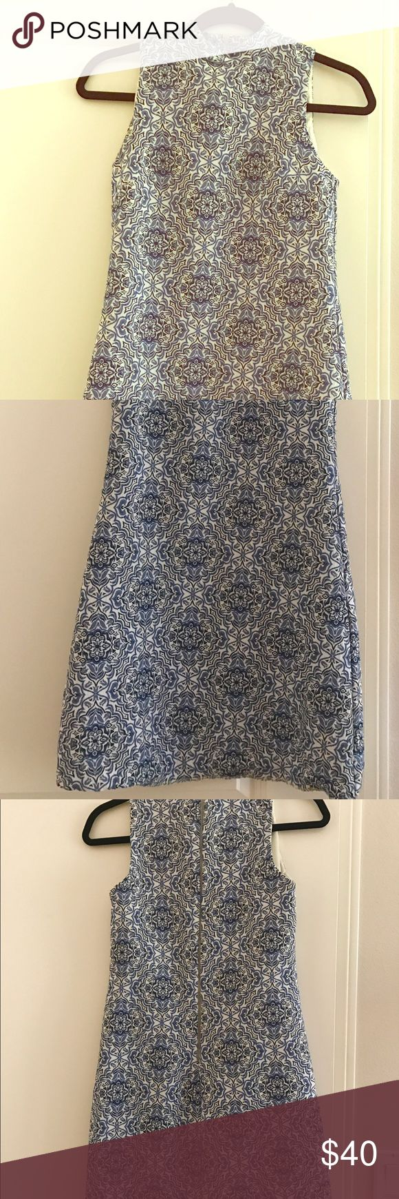 Taylor sleeveless geo print shift dress size 4 Taylor sleeveless geo print shift dress. Barely used and in good condition. Size 4. 🚫trades. Reasonable offers only. Taylor Dresses Mini