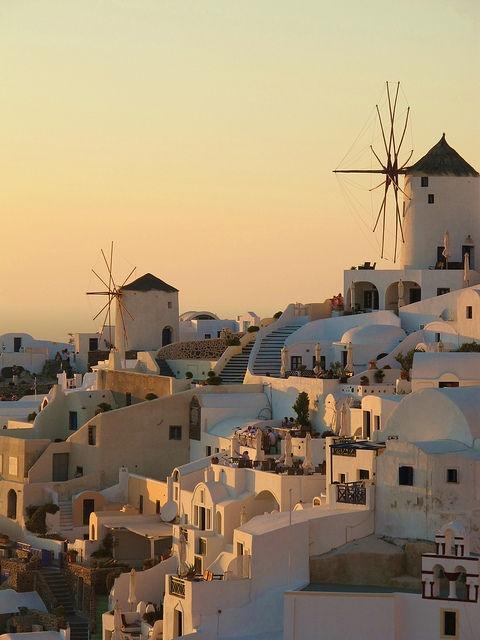 VISIT GREECE| Windmills on Santorini, #Greece #Santorini
