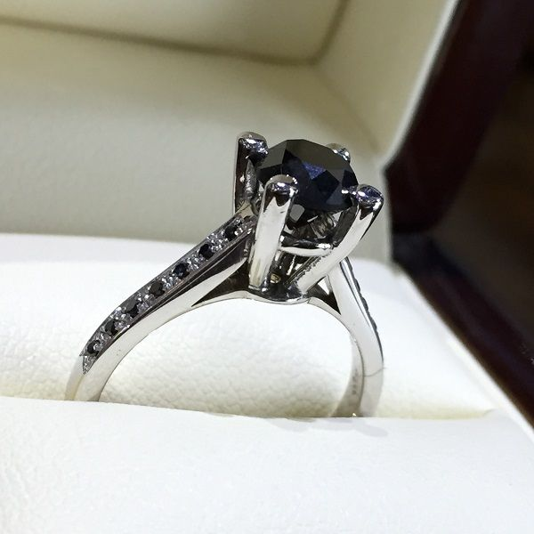 18k White Gold Engagement Ring with Central Brilliant Cut Black Diamond 1.37ct and Side Diamonds of 0.07ct - Adam & Eve Diamonds - 2.538 $