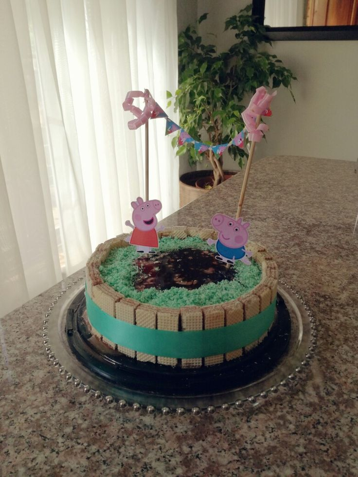 Peppa pig Ice cream birthday cake