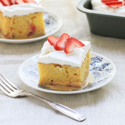 strawberry tres leches cake 17 best images about desserts on brownies 7777