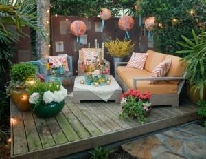 shabby-chic-garden-furniture: Outdoorpatio, Decks, Shabby Chic Gardens, Patio Furniture, Outdoor Patio, Gardens Furniture, Colors Schemes, Outdoor Spaces, Backyard Gardens