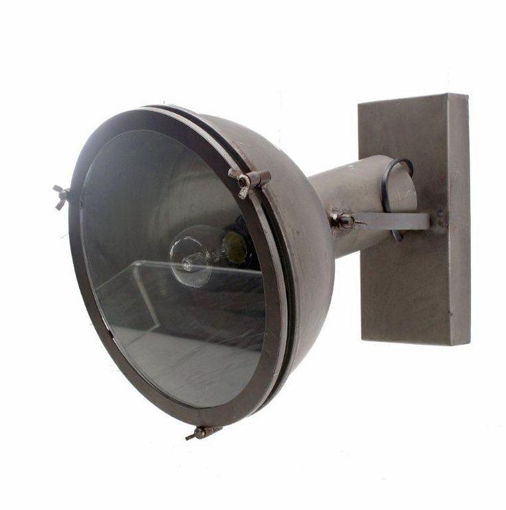 Vägglampa inustri
