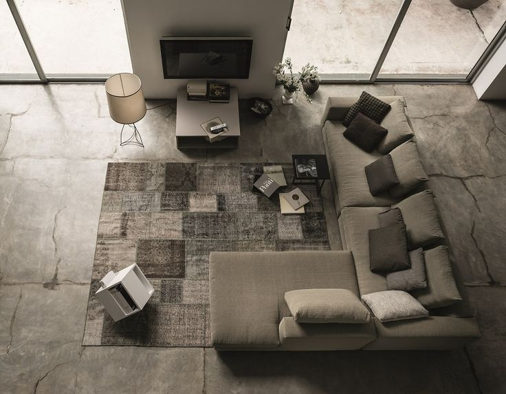 Marea is an essential sofa that combines classic forms with the contemporary taste of slow living.