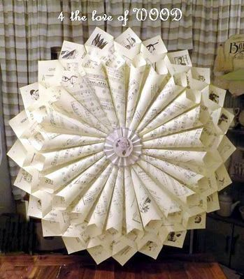 Another Sheet Music Wreath... I can't help it, I love em!