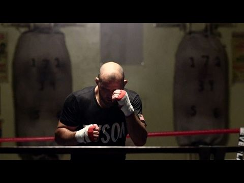 UFC (Ultimate Fighting Championship): UFC 208: Glover Teixeira Visits Mike Tyson's Former Gym