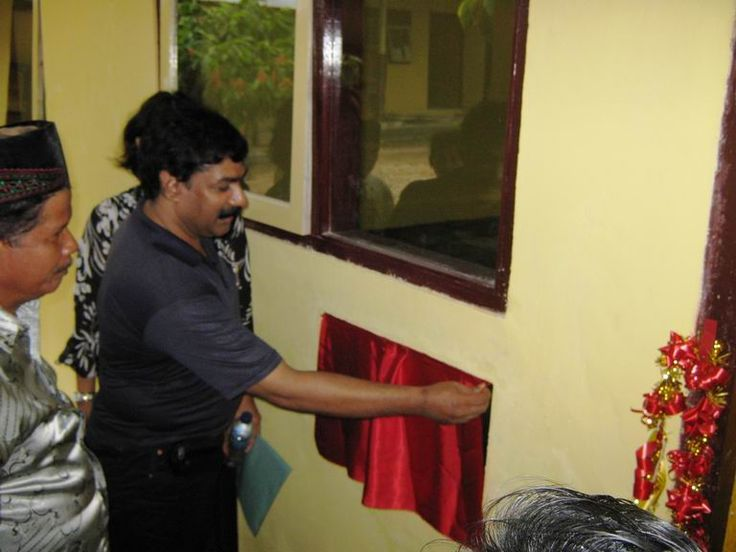 Construction and opening of School for Earthquake victims in Padang