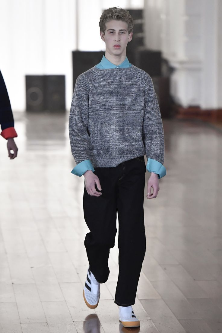 Gosha Rubchinskiy Fall 2017 Menswear collection.
