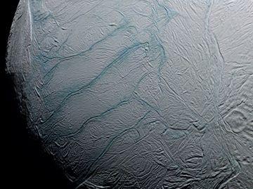 Coup de chaud sur Encelade - Ciel & Espace