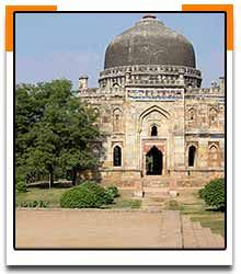 1451: Succeeding the last king of the Sayyid dynasty, Bahlul Lodi founds the Lodi dynasty of Afghan origin that rules the Delhi Sultanate