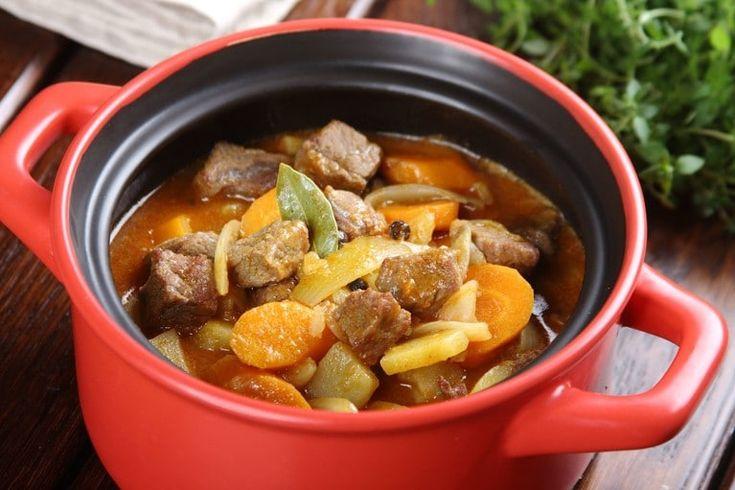 Przepis na Duszona wołowina z warzywami