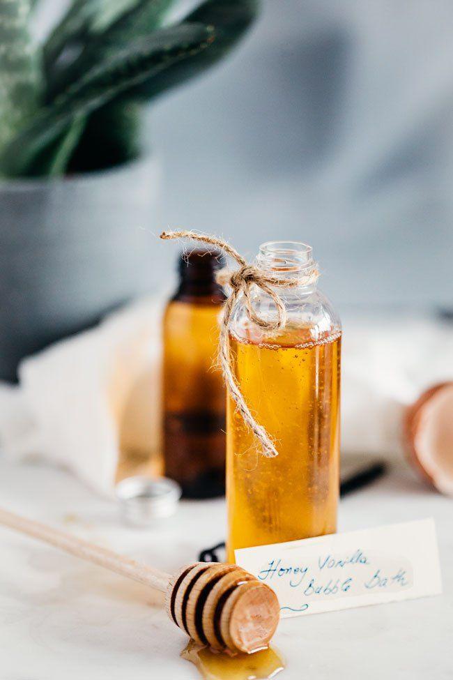 Honey Vanilla Bubble Bath   10 Homemade Bubble Bath Recipes
