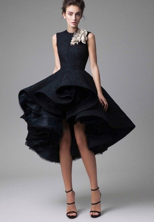 Красивое платье сзади
